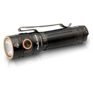 Linterna Fenix E30R recargable